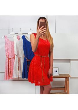 Φόρεμα με δαντέλα και ζωνάκι